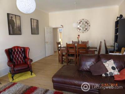 Property to rent in 2/1 3 Glasgow Street