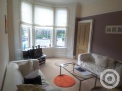 Property to rent in Crow Road  flat 1/2 at 244
