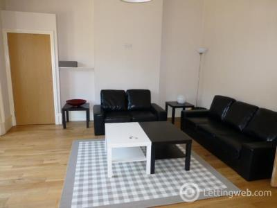 Property to rent in Flat 1/2  605 Great Western Road