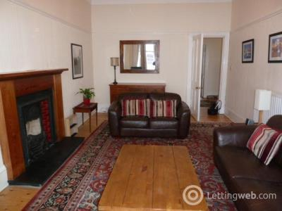 Property to rent in Crow Road flat 3/1 at 474