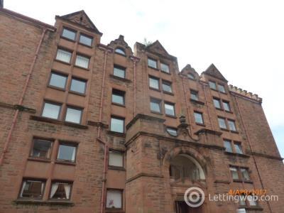 Property to rent in Stewartville Street 17  flat 3/5