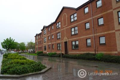 Property to rent in 36 Academy Terrace Bellshill
