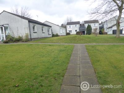 Property to rent in iddesleigh avenue  milngavie flat 1 at 8