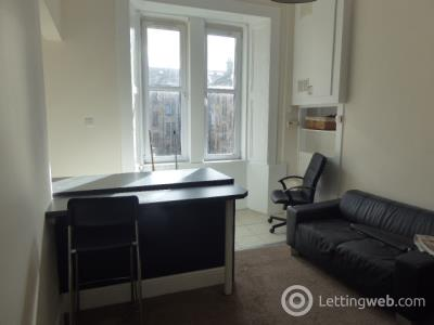 Property to rent in Lawrie Street 3 flat 2/1