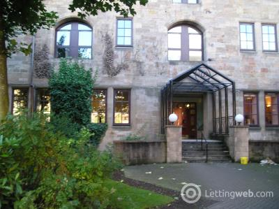 Property to rent in flat 1/4 at 109 Bell Street