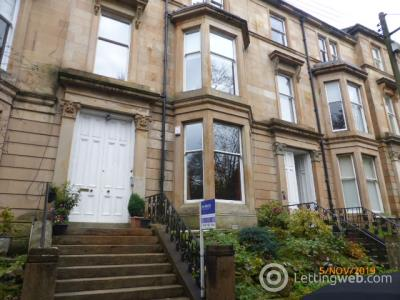 Property to rent in flat 0/2 at 4 Doune Gardens
