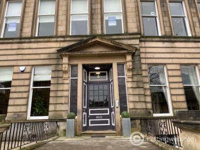 Property to rent in Dundonald Road flat 3 at no 5