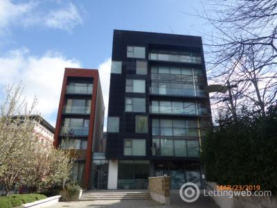 Property to rent in Flat 2/1 at 19 Mcphater street  Matrix building
