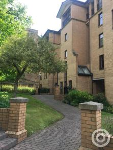 Property to rent in flat 11 at 47 Partickhill Road