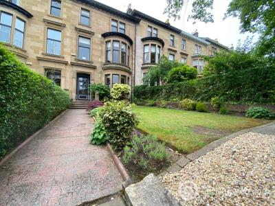 Property to rent in 22 cleveden gardens Glasgow