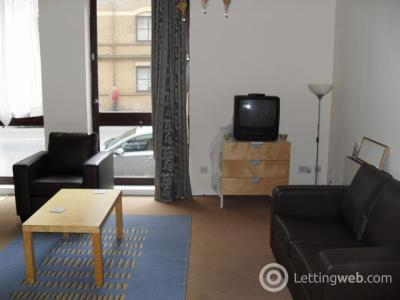Property to rent in Bell Street, Merchant City, Glasgow, G4