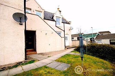 Property to rent in 18 Station Court, Banchory