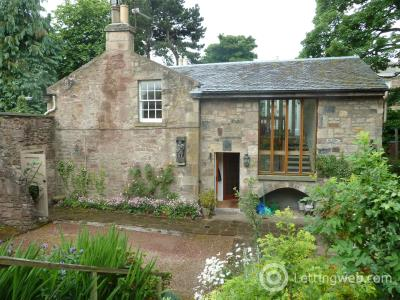 Property to rent in The Coach House, Stable Lane, Edinburgh