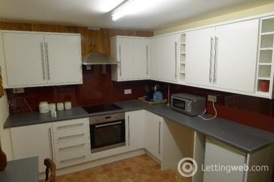 Property to rent in 41 Roanhead, Peterhead
