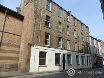 Property to rent in High Riggs, Tollcross, Edinburgh