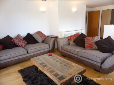 Property to rent in Sheriff Brae, The Shore, Edinburgh