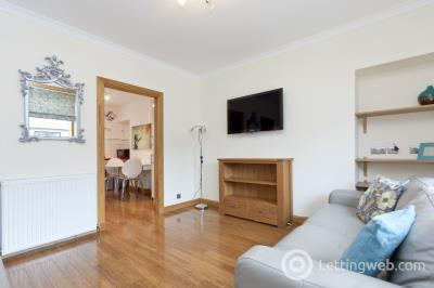 Property to rent in Gladstone Place, Woodside, Aberdeen, AB24 2RU