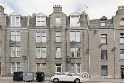 Property to rent in Urquhart Road, City Centre, Aberdeen, AB24 5ND