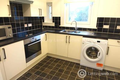 Property to rent in St Kenneth Drive, Glasgow