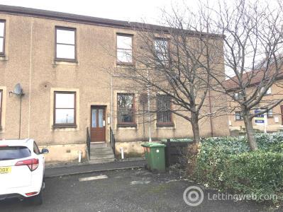 Property to rent in Henry Street Alva