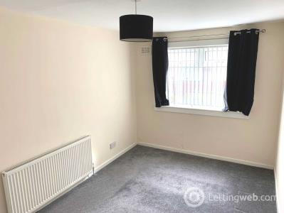 Property to rent in Elizabethan Way, Renfrew
