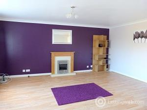 Property to rent in Crammond Place
