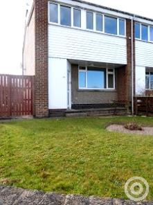 Property to rent in Primrose Crescent