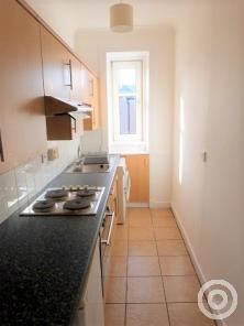 Property to rent in Crieff Road