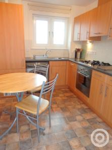 Property to rent in 11 Broomhill Court