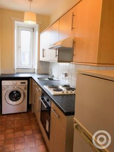 Property to rent in 12 Crieff Road