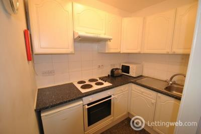 Property to rent in Union Street, STIRLING, Stirlingshire, FK8