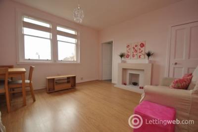 Property to rent in Northfield Broadway, EDINBURGH, Midlothian, EH8