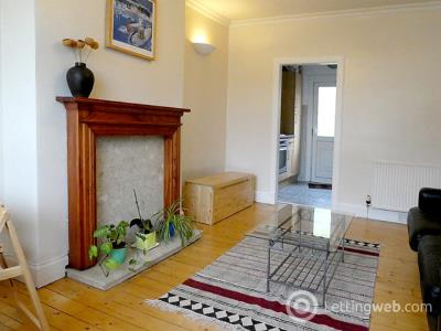 Property to rent in 20 Claremont Bank