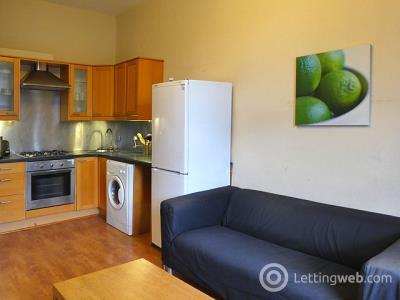 Property to rent in 43/5 Albert Street