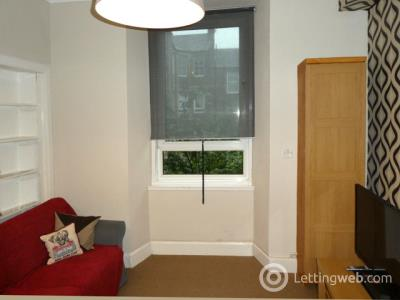 Property to rent in 10/8 Springwell Place