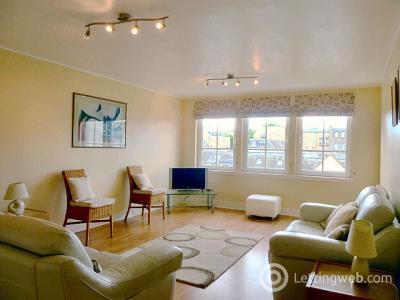 Property to rent in 83/15 Hopetoun Street
