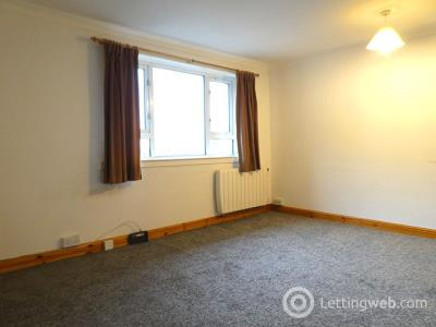 Property to rent in 9/5 Inchkeith Court