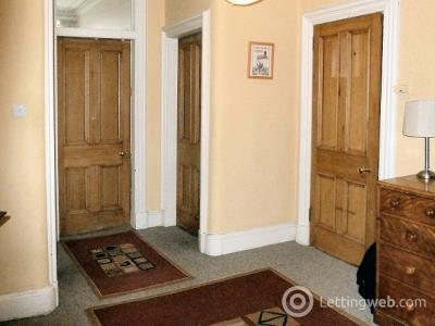 Property to rent in 20 (2F2) Royal Crescent