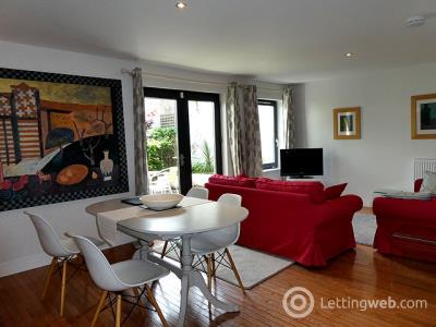 Property to rent in 39 Dublin Street Lane North
