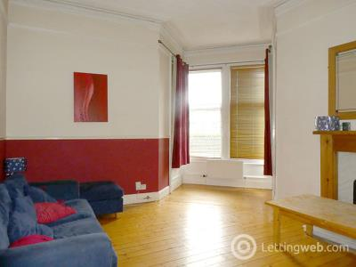 Property to rent in 2 Hermitage Park