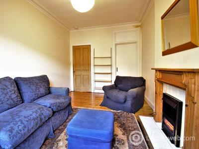 Property to rent in 4/11 Horne Terrace