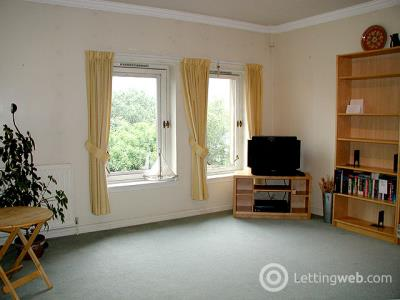 Property to rent in 26/13 East Parkside