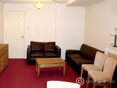 Property to rent in 78/1 Mcdonald Road