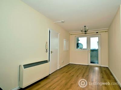 Property to rent in 48/10 North Gyle Grove