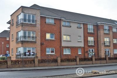 Property to rent in Broad Cairn Court, Motherwell
