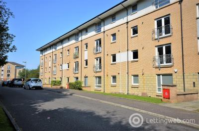 Property to rent in Greenlaw Court, Yoker, Glasgow