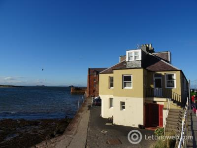 Property to rent in Victoria Road, North Berwick, EH39 4JL