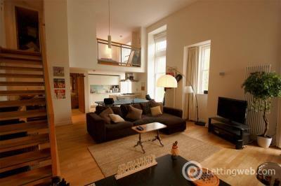 Property to rent in Simpson Loan, Edinburgh, EH3 9