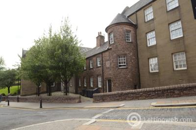 Property to rent in Bow Street, Stirling