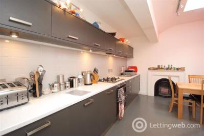 Property to rent in Leopold Place, Edinburgh